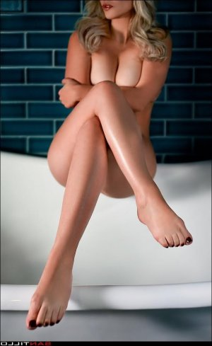 Sibylline nuru massage in Brea, escort
