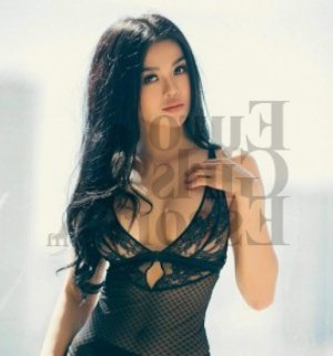 Minel escort in Glen Allen & nuru massage
